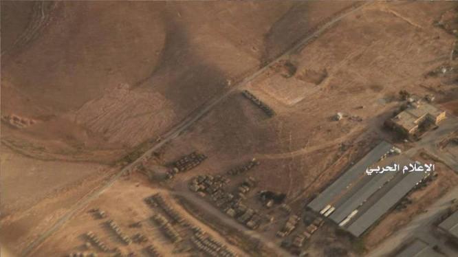 Một cụm binh lực khoảng 400 phương tiện quân sự tập trung trên khu vực biên giới Jordan - Syria