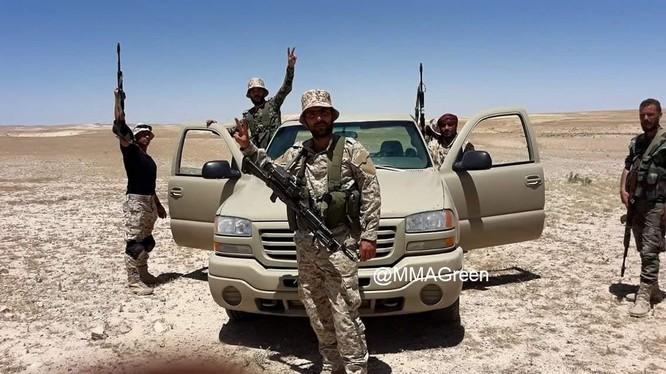 Binh sĩ quân đội Syria trên chiến trường Sweida