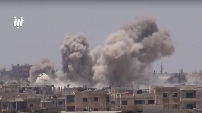 Quân đội Syria không kích dữ dội chiến tuyến của phiến quân nổi dậy.
