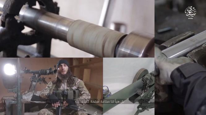 Kinh hoàng xưởng quân giới của IS có khả năng chế tạo vũ khí