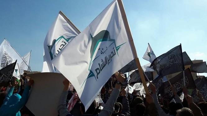 Lực lượng Al-Qaeda Syria Hay'at Tahrir Al-Sham (HTS)