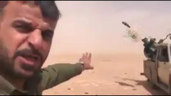 Quân tình nguyện Iraq bắn máy bay Mỹ trên biên giới Syria