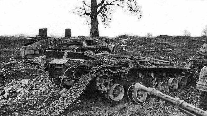 Xe tăng quân đội Nga bị phá hủy ở Grozny năm 1994-1995