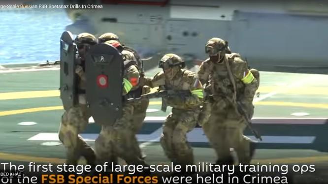 Lực lượng đặc nhiệm FSB Nga diễn tập chống khủng bố