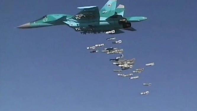 Máy bay ném bom Su-34 không quân Nga không kích ở Syria