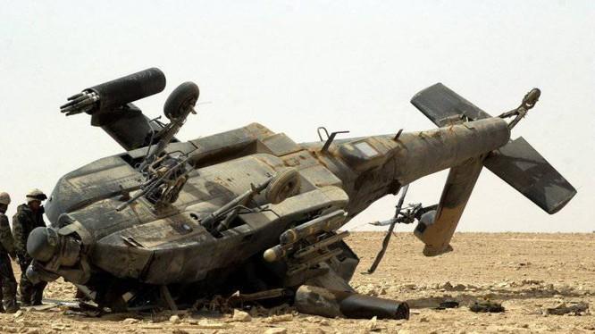 Trực thăng tấn công AH-64 Apache bị bắn hạ trên chiến trường Iraq