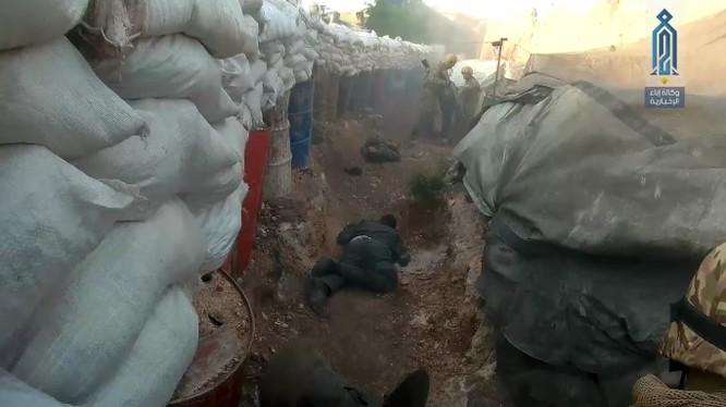 Các tay súng HTS sát hại một số binh sĩ quân đội Syria phía tây Aleppo