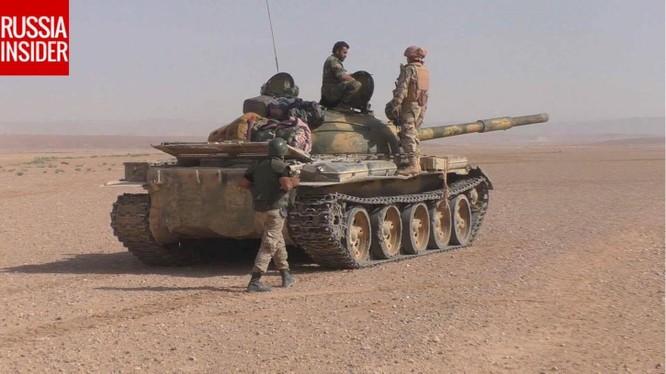 Đặc nhiệm Nga trên chiến trường sa mạc phía đông tỉnh Homs