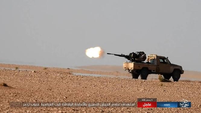 IS tấn công quân đội Syria trên chiến trường Palmyra