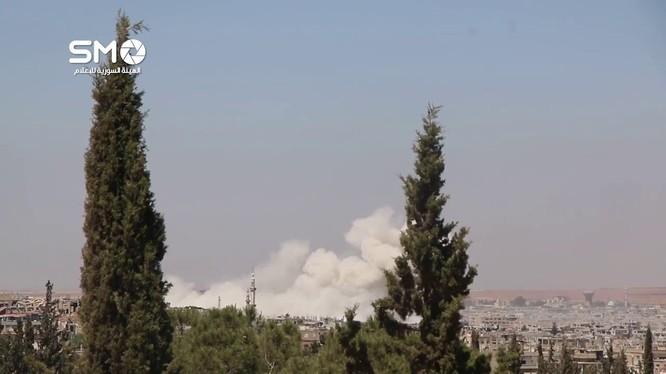 Không quân Syria không kích ác liệt thành phố Daraa