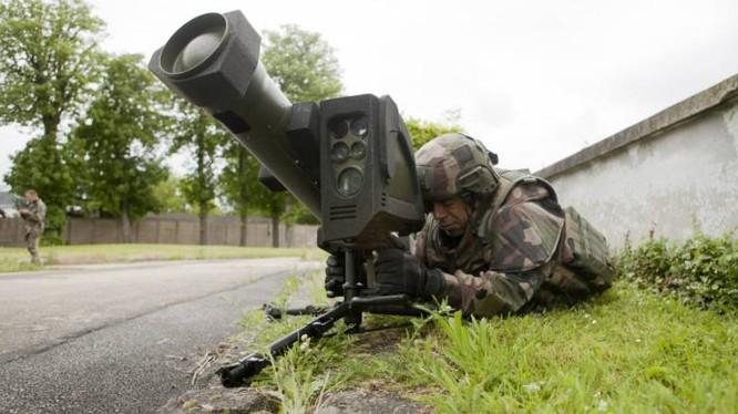 Tổ hợp tên lửa có điều khiển tự dẫn MMP (Missile Moyenne Portée – tổ hợp tên lửa mang vác cá nhân đất đối đất tầm trung)