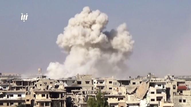 Không quân, pháo binh Syria tấn công ác liệt thành phố Daraa