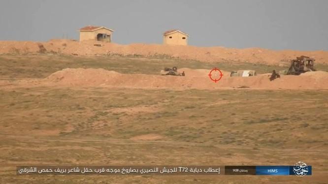 IS sử dụng tên lửa TOW tấn công xe tăng quân đội Syria ở Palmyra