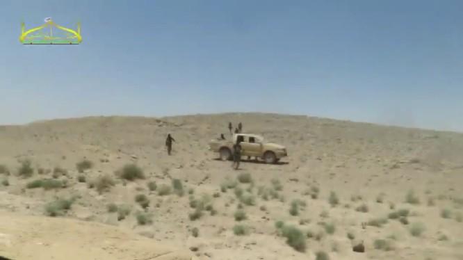 Nhóm chiến binh thánh chiến FSA tổ chức tấn công trên sa mạc phía đông Damascus