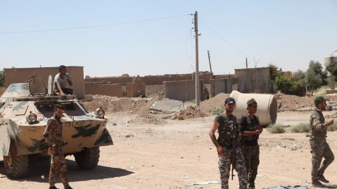 Những chiến binh người Kurd ở mặt trận Raqqa