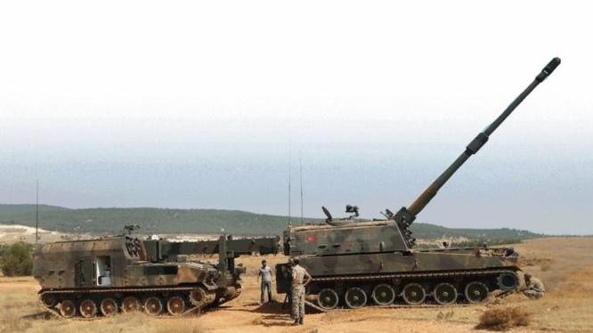 Pháo binh Thổ Nhĩ Kỳ chuẩn bị tấn công vào lực lượng người Kurd ở bắc Aleppo