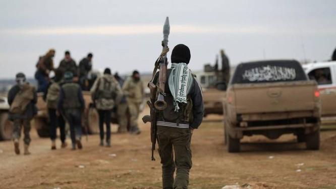 Các tay súng Hồi giáo cực đoan thánh chiến trên chiến trường Đông Ghouta