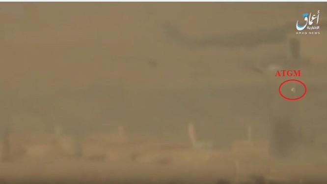 Tên lửa chống tăng của IS tấn công máy bay trực thăng vận tải Mi-8 quân đội Syria