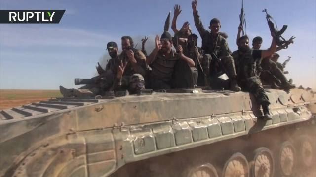 Binh sĩ quân đội Syria trên vùng giải phóng phía đông nam Aleppo