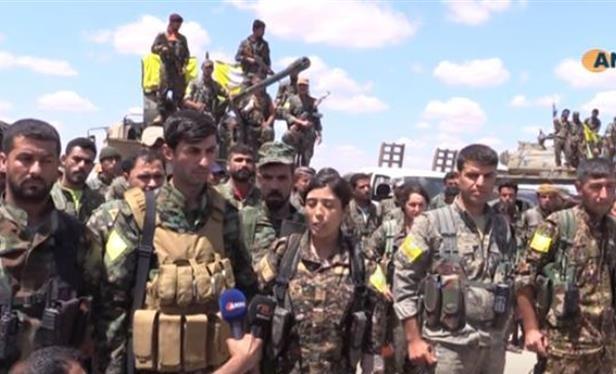 Lực lượng dân quân người Kurd trong SDF chiến đấu ở Raqqa