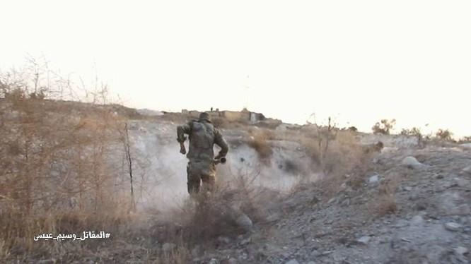 Quân đội Syria chiến đấu trên vùng ngoại ô thủ đô Damascus