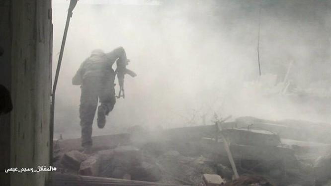 Giao chiến ác liệt trong nội thị thị trấn Ayn Tarma