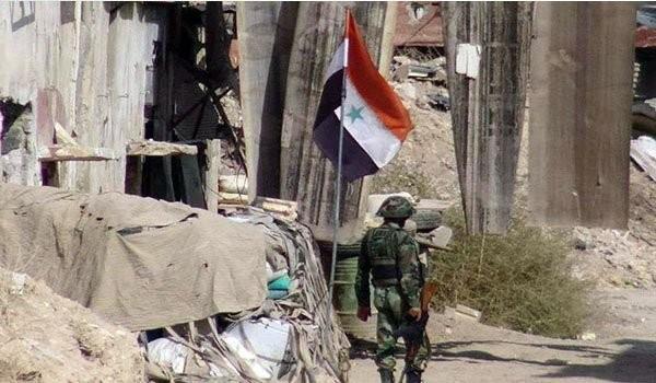 Binh sĩ quân đội Syria trên chiến trường ngoại ô Damascus