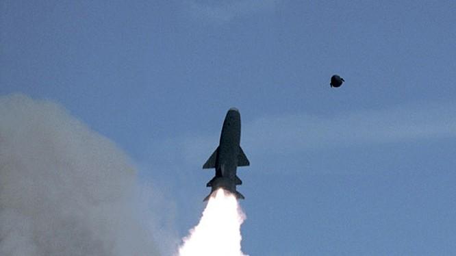 Tên lửa siêu thanh chống tàu Granit