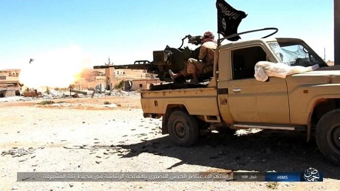 IS tấn công trên chiến trường sa mạc phía đông tỉnh Homs
