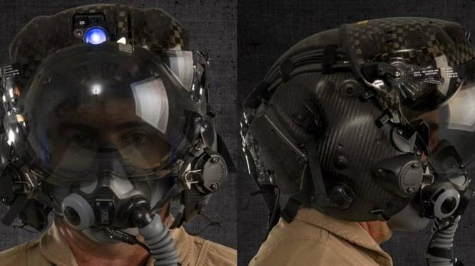 Mũ lái của máy bay tiêm kích tàng hình đa nhiệm F-35B có trị giá tới 400,000 USD