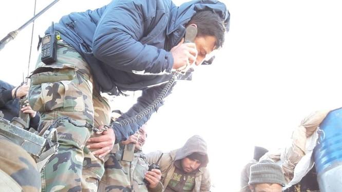 Binh sĩ lữ đoàn 42 cơ giới chuẩn bị lực lượng cho cuộc tấn công