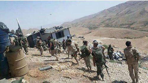 Binh sĩ lực lượng Hezbollah trên vùng biên giới Syria - Lebanon