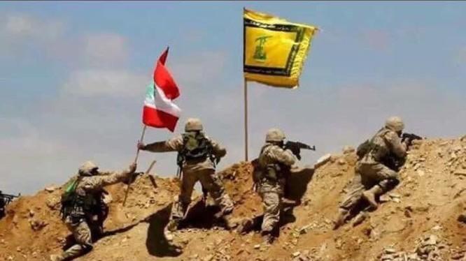 Lực lượng Hezbollah giành chiến thắng, Hay'at Tahrir Al-Sham hạ vũ khí đầu hàng trên biên giới Syria - Lebanon