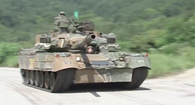 Xe tăng T-80U quân đội Hàn Quốc