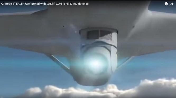 Vũ khí laser lắp đặt trên máy bay không người lái General Atomics Avenger - ảnh video