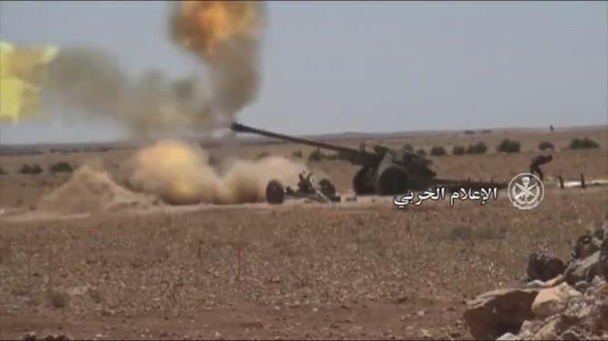 Pháo binh quân đội Syria tập kích dữ dội chiến tuyến của IS trên vùng nông thôn tỉnh Hama