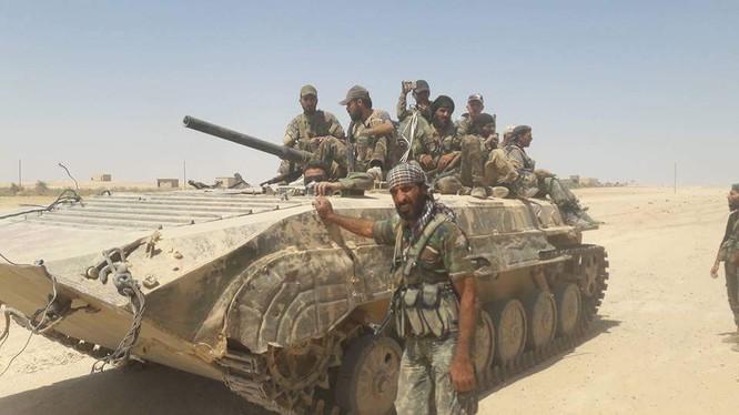 Binh sĩ lực lượng Tiger trên chiến trường Deir Ezzor - ảnh minh họa Masdar News