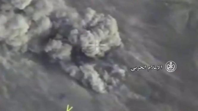 Không quân Nga không kích tiêu diệt IS trên chiến trường tỉnh Hama - ảnh video quân đội Syria