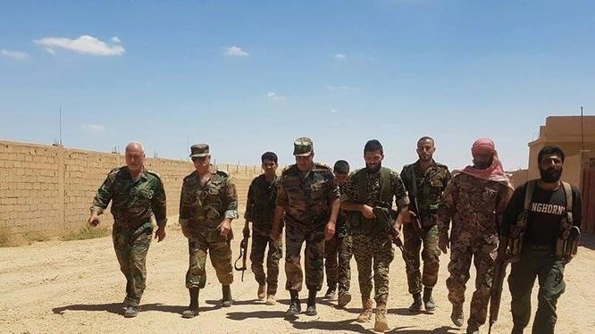Lực lượng lữ đoàn 800 Vệ binh Cộng hòa trên chiến trường Deir Ezzor - ảnh Masdar News
