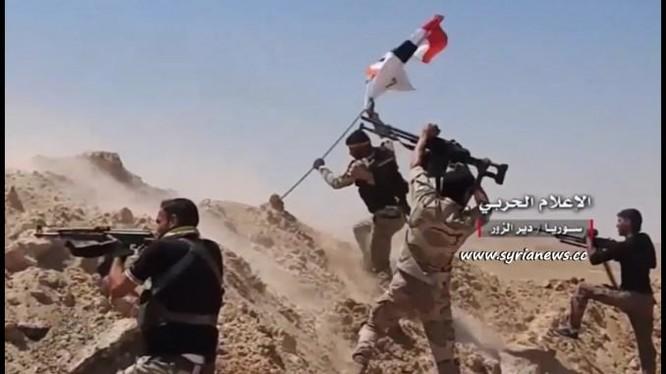 Binh sĩ quân đội Syria chiến đấu trên chiến trường Deir Ezzor - ảnh minh họa Masdar News