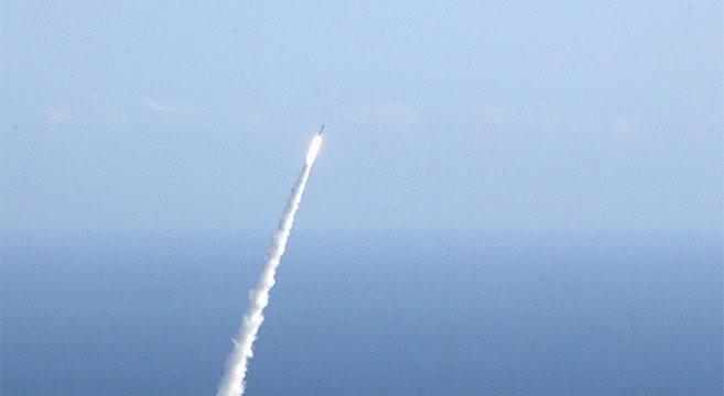 Bắc Triều Tiên tiếp tục phóng thử nghiệm tên lửa đạn đạo tầm trung trên không phận Nhật Bản - ảnh minh họa Yonhapnews