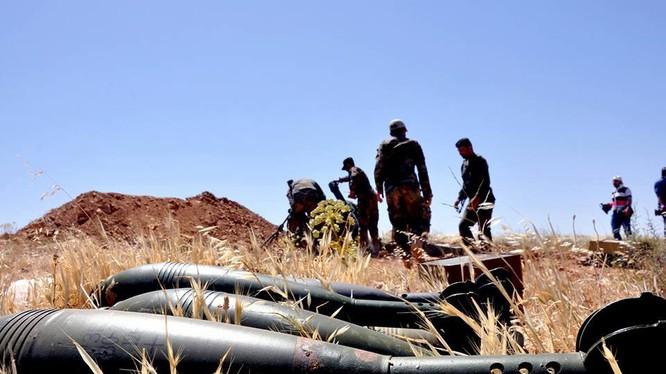 Quân đội Syria thu giữ một số lớn vũ khí đạn của IS trên chiến trường Hama