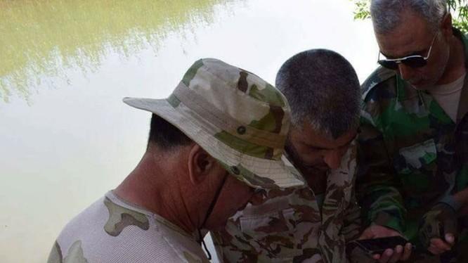 Các đơn vị quân đội Syria tổ chức vượt sông Euphrates - ảnh truyền thông quân đội Syria