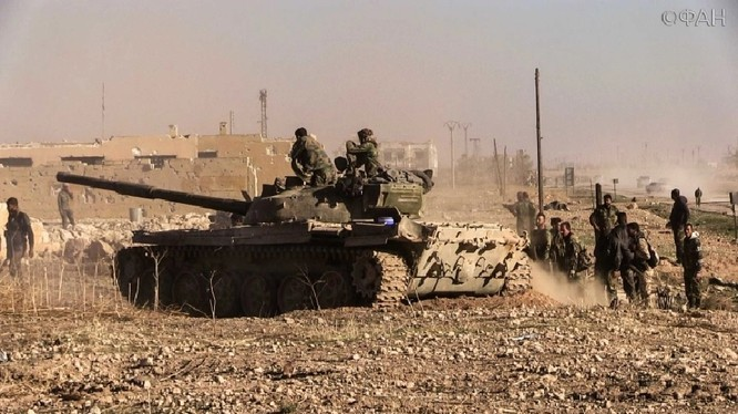 Quân đội Syria chiến đấu bảo vệ thị trấn Ma'an trên vùng nông thôn Bắc Syria