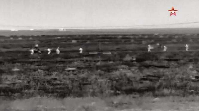 Nhóm chiến binh thánh chiến bị quân đội Syria tiêu diệt ở Hama - ảnh video TVzvezda