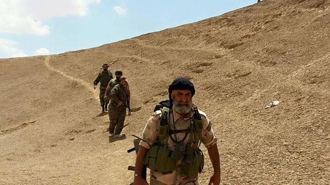 Thiếu tướng Issam Zahreddine tham gia chiến đấu trên chiến trường Deir Ezzor - ảnh minh họa Masdar News