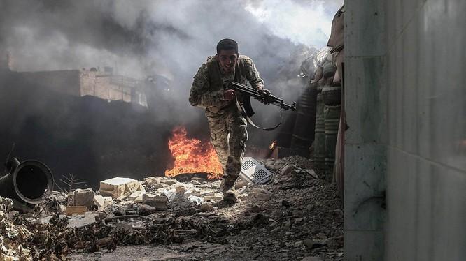 Binh sĩ Syria chiến đấu trên chiến trường Deir Ezzor-ảnh minh họa South Front