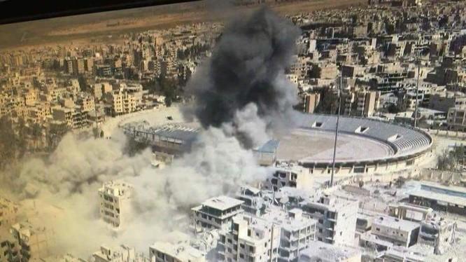 Không quân Liên minh quân sự do Mỹ dẫn đầu không kích Raqqa - ảnh truyền thông người Kurd