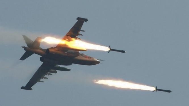 Không quân Nga không kích trên chiến trường thành phố Jisr ash-Shughur - ảnh minh họa Masdar News