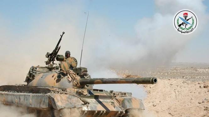 Xe tăng quân đội Syria tiến công trên hướng biên giới Jordan - Syria - ảnh minh hỏa FAS News